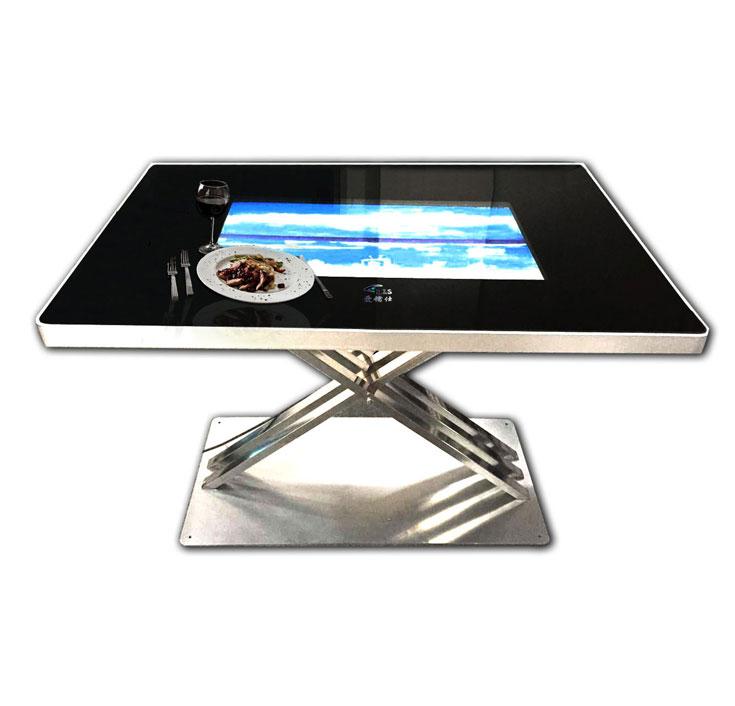 互动触摸餐桌在餐饮行业中潜藏着巨大发展的空间
